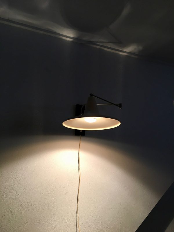 Vintage wall light - Modern Mid Century lamp - Dutch Design - witch's hat- swivel arm